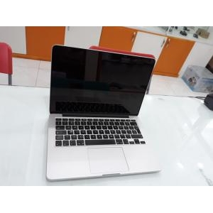- laptop, macbook
